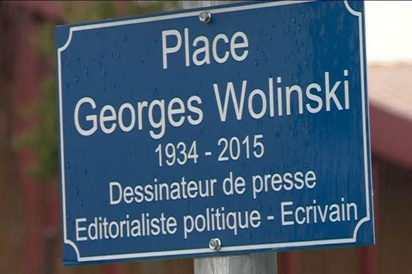 La place Georges Wolinski à Saint-Just-le-Martel