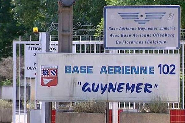 Une école de gendarmerie va être implantée sur le site de la base aérienne 102 de Dijon-Longvic, qui est en cours de dissolution.