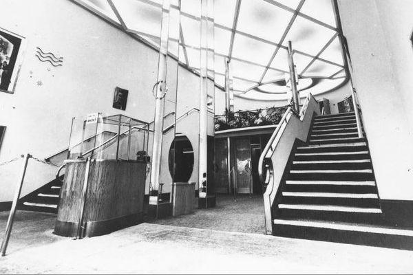 Entrée Art déco du cinéma de La Scala 1936