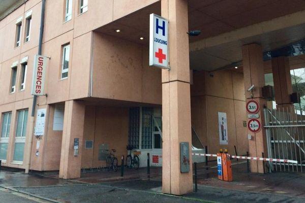 9 des 11 médecins du service des urgences de l'Hôpital Ducuing ont démissionné