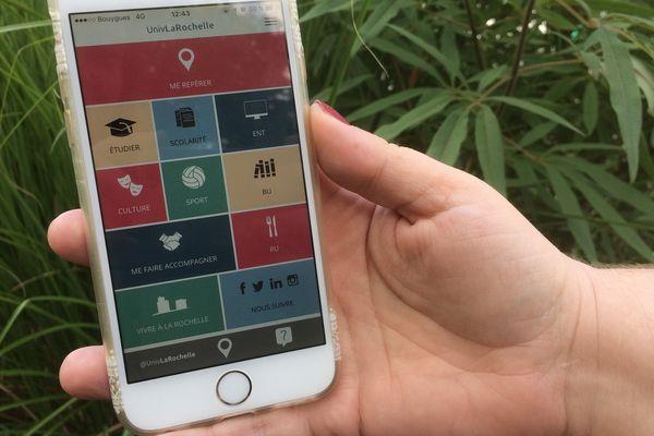 L'application UnivLaRochelle est téléchargeable sur Google play store et Apple store.