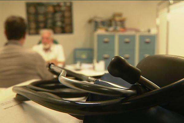 Dans la moyenne vallée du Var, on compte 1 médecin pour 5000 habitants, soit 15 fois moins que la moyenne nationale.
