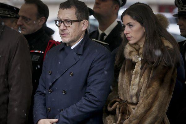 Dany Boon et son épouse en février 2016 lors d'une cérémonie de récompense à des policiers du Raid.