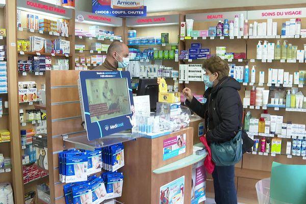 Les autotests finalement disponibles en pharmacies.