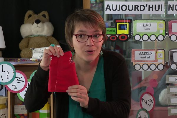 Marie-Solène Letoqueux fait classe devant la caméra