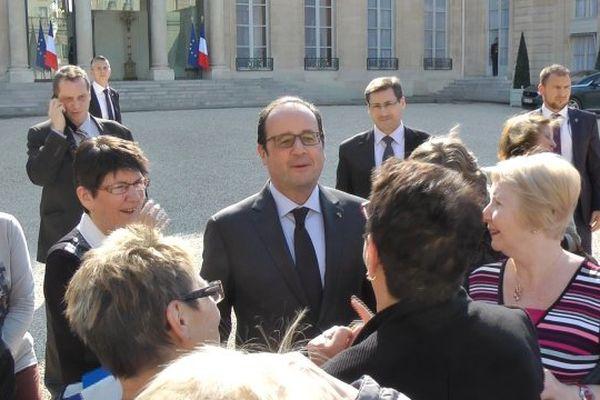 Le président a passé quelques minutes avec les membres du comité de Jumelage de Messigny-et-Ventoux
