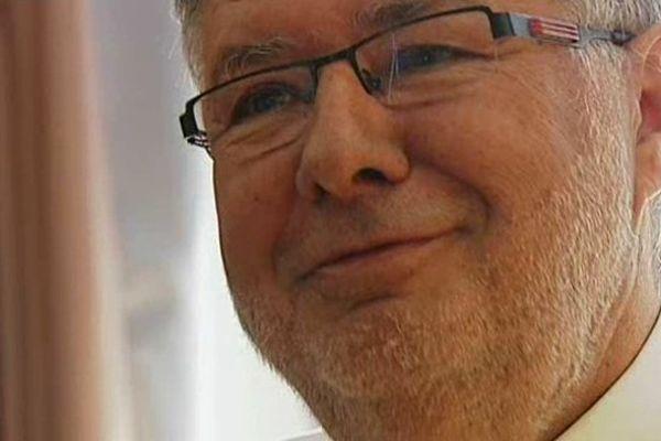 Le député des Landes et ancien ministre des transports, Alain Vidalies, a été victime d'un infarctus. Il va mieux.