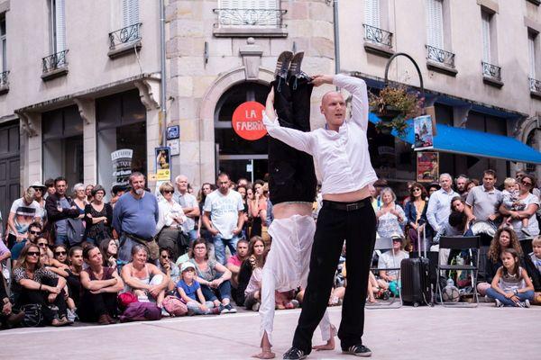 Il faudra attendre 2022 pour retrouver le Festival de théâtre de rue d'Aurillac dans sa forme habituelle.