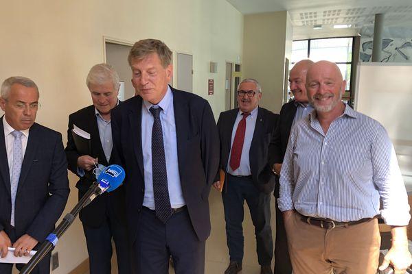 Le préfet Eric Spitz a reçu les maires des communes du littoral basque
