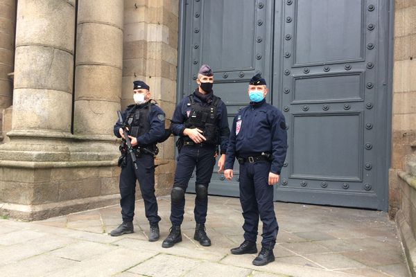 40 églises, 5 lieux de culte musulman (mosquée ou lieux de prière) et une synagogue à Rennes seront surveillés tout le week-end de la Toussaint.