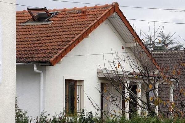 Un millier de plants de cannabis ont été découverts dans la soirée du 8 novembre 2014 dans cette maison désaffectée de Tremblay-en-France (Seine-Saint-Denis).
