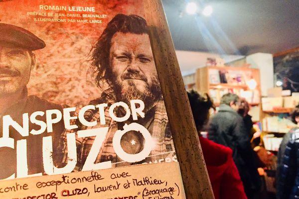 « The Inspector Cluzo Rockfarmers », aux éditions Braquage, une biographie de Romain Lejeune dans les rayons de la librairie Caractères de Mont-de-Marsan.