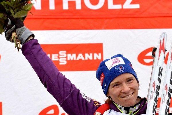 Anaïs Bescond victorieuse en coupe du monde à Antholz en Italie