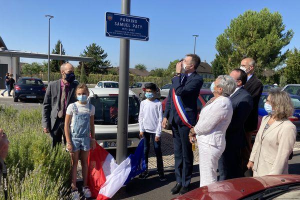 Un parking au nom de Samuel Paty a été inauguré à Romilly-sur-seine.
