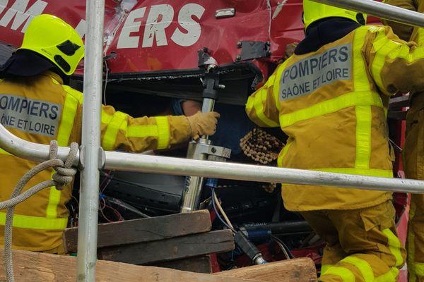 Une nouvelle collision entre deux poids lourds a fait deux blessés, dont un grave, sur la RCEA.
