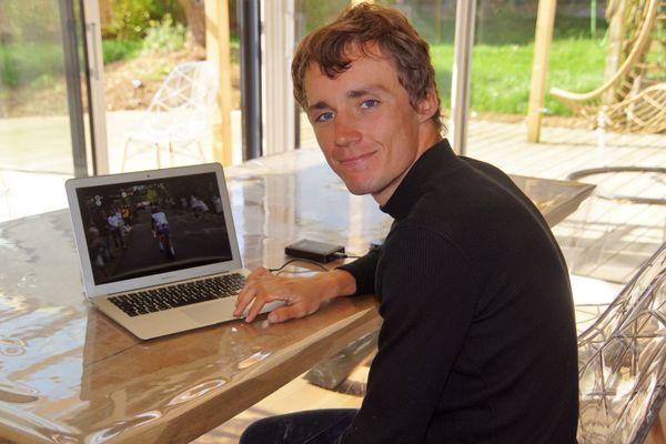 Valentin Madouas se repose chez lui, près de Brest, en attendant le Championnat du monde de cyclisme en fin de semaine, en Italie.