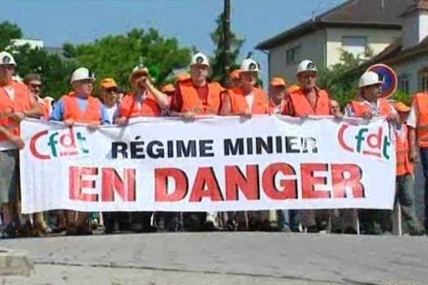 Manifestation de défense du régime minier.