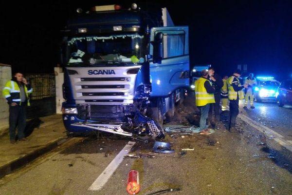 Les pompiers ont du intervenir sur les routes du Gard excessivement meurtrières ce week-end.