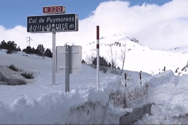 Col de Puymorens sous la neige dans les Pyrénées-Orientales (66)
