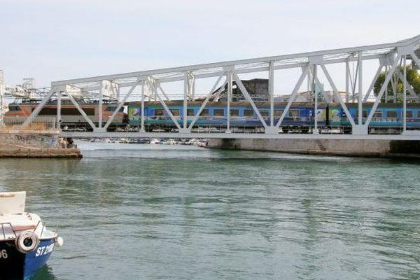 Le pont levant de Sète archives 2010