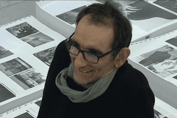 Richard Bellia, à l'imprimerie, à quelques semaines de la sortie de son ouvrage