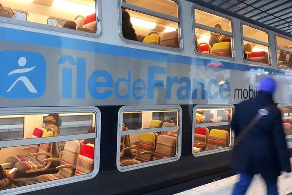 Les perturbations sur le RER C surviennent après un incident électrique (illustration).