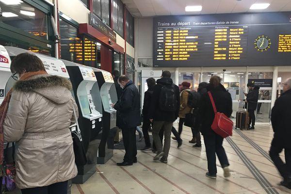 (Archives - novembre 2017) Gare de Fleury-les-Aubrais