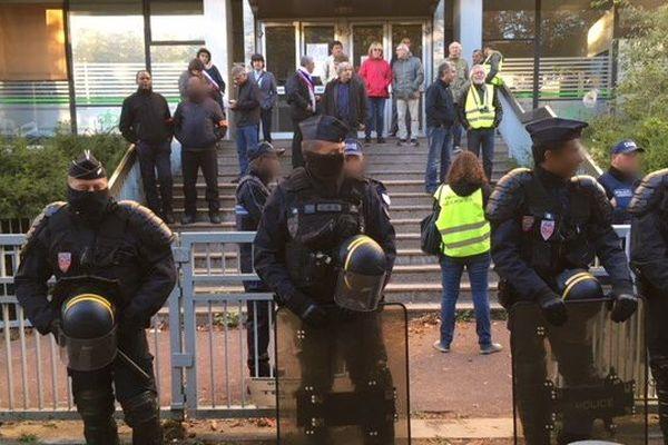 La réquisition de locaux vides, à Montreuil, en Seine-Saint-Denis.