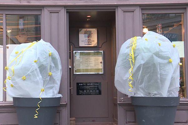 Restaurant fermé en raison de la deuxième vague de l'épidémie de Covid-19 à Rouen (Seine-Maritime)