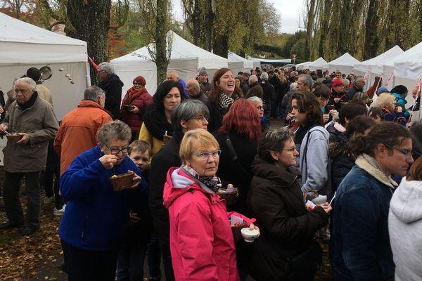 Chaque année près d'un millier de personnes vient déguster les différentes soupes des candidats du concours de Sasnières.