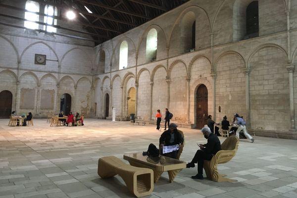 Salle des pas perdus - palais Duc d'Aquitaine Poitiers