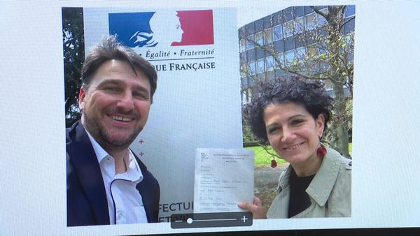 Schirel Lemonne et son binôme Stéphane Lenfant, le jour où ils ont déposé leur candidature officielle aux élections départementales en Ille-et-Vilaine
