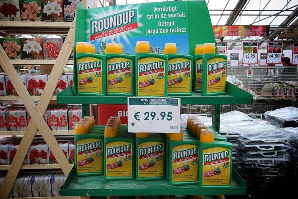 La vente de pesticide aux particuliers est désormais interdite en France.