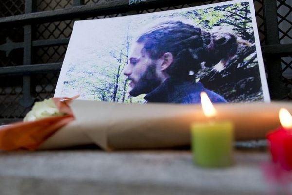 Rémi Fraisse, mort à 21 ans, tué par une grenade lancée par un gendarme à Sivens