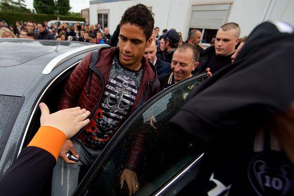 Raphaël Varane, lors de sa venue à Douai le 31 mai 2015