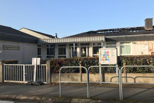 Un incendie s'est déclaré le 29 mars 2021 à l'école La Halbarderie à Thouaré-sur-Loire
