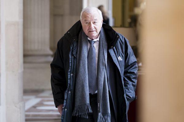 """Bernard Brochand, 83 ans, est convoqué le 8 septembre devant le tribunal correctionnel pour """"blanchiment de fraude fiscale"""" et """"déclaration incomplète ou mensongère"""" de patrimoine auprès de la Haute autorité pour la transparence de la vie publique."""