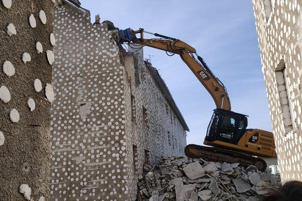 La démolition durera jusqu'à la fin de l'année 2021 à Aurillac.