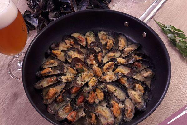 Et si on cuisinait nos moules de braderie en préparant une mouclade ?