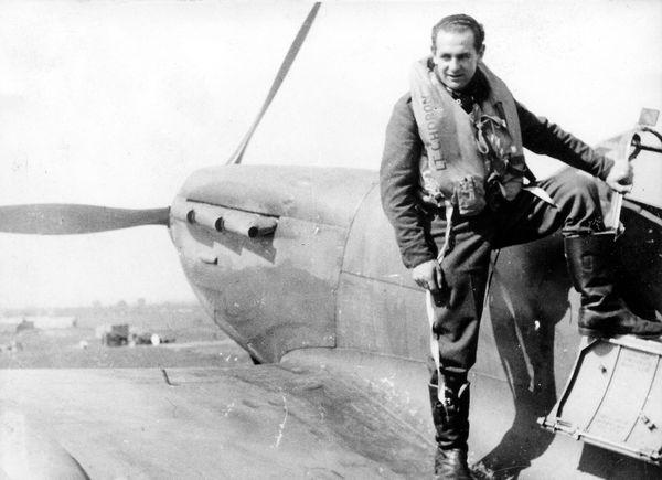 Maurice Choron, pilote originaire de Bethisy-Saint-Pierre, dans l'Oise (photo non datée).