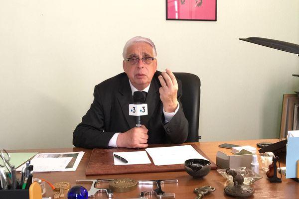 Le sénateur du Loiret Jean-Pierre Sueur fait partie du groupe de travail chargé d'ausculter la fiche S.