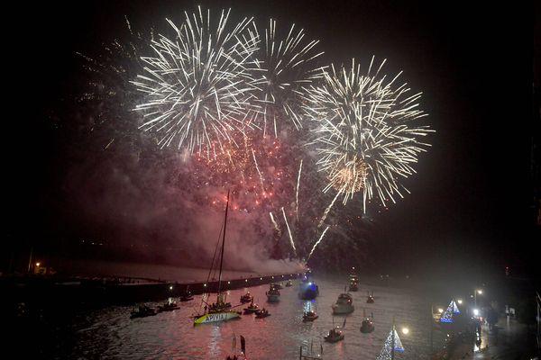Feu d'artifice aux Sables-d'Olonne, lors de l'arrivée de Charlie Darling, le 28 janvier 2021