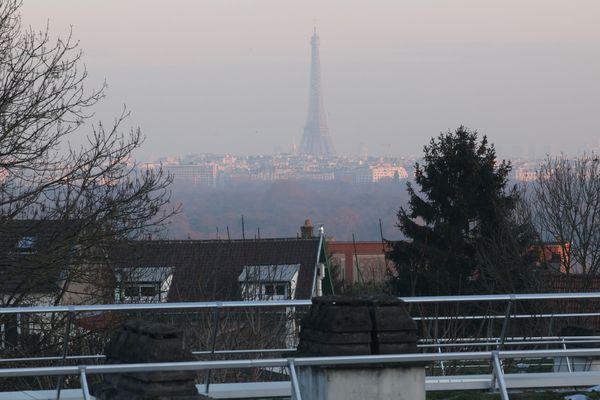Pour atténuer la pollution à Paris et en Île-de-France, la Métropole du Grand Paris propose d'interdire les véhicules les plus polluants dans la zone de l'A86.