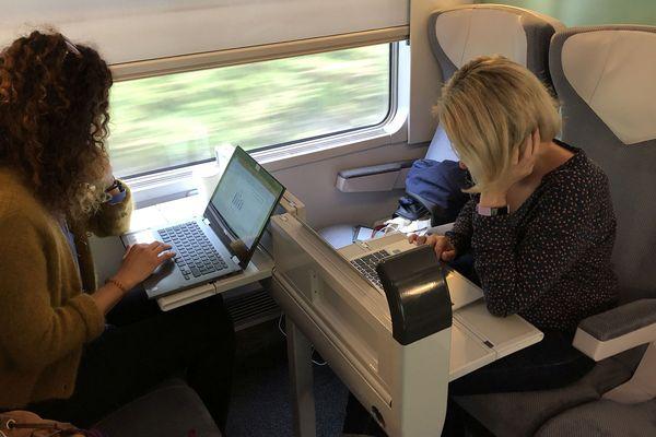 Ces usagers réguliers de la ligne SNCF portent un regard critique sur la qualité du service du Clermont-Paris.