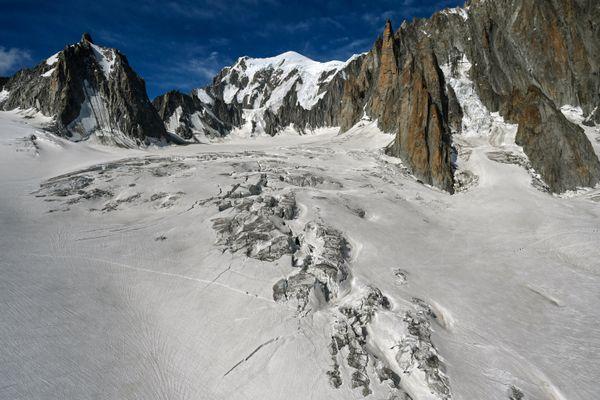 Le glacier du Géant, dans le massif du Mont-Blanc.