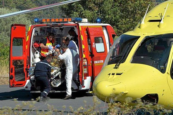 Gabian (Hérault) - 4 pompiers blessés, dont 3 gravement brûlés, en luttant contre un incendie qui a ravagé 150 hectares - 10 août 2016.