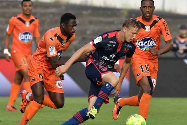 Laval vs GFC Ajaccio Championnat de France de football, Ligue 2.