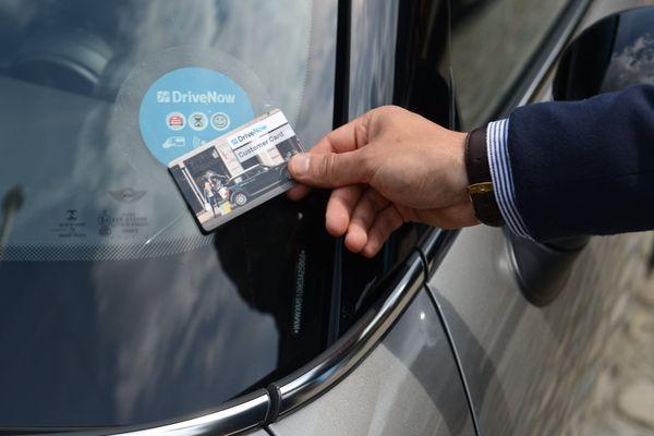 Le service d'autopartage de voiture DriveNow en place à Bruxelles en Belgique.