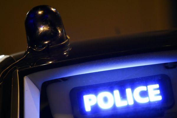 """Âgé de 21 ans, la victime était """"très connue des services de police"""" selon une source policière."""