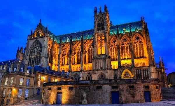 La cathédrale Saint-Etienne de Metz est un des monuments les plus visités du Grand Est